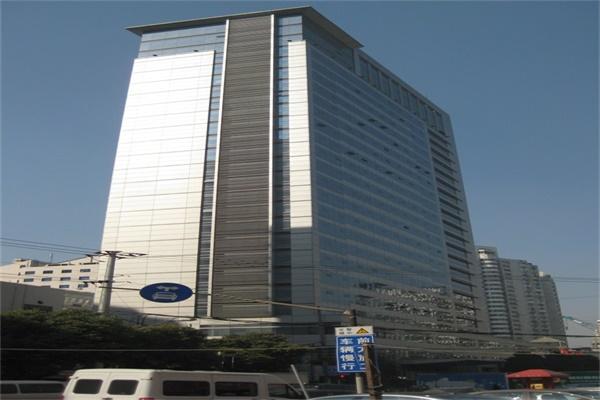 宝华大厦(垂直升降式42车位)